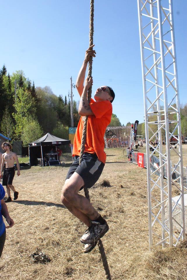 Événement Spartan Race 2015 1 - Escalade du cable